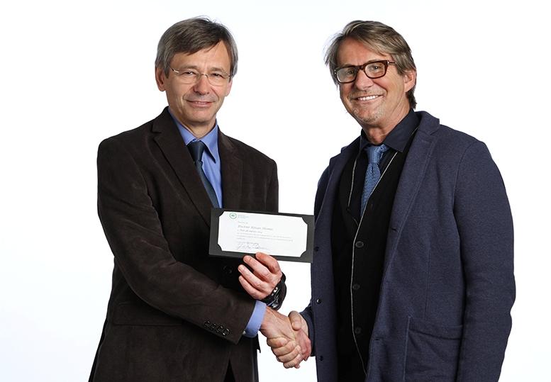 Prix du mérite 2014 remis au Dr Réjean Thomas